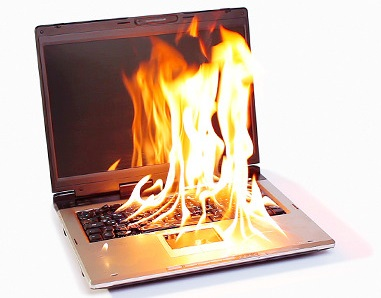 burning-notebook-computer-portable-fire_p